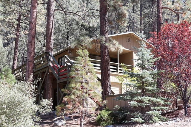 2032 Symonds Drive, Pine Mtn Club, CA 93225