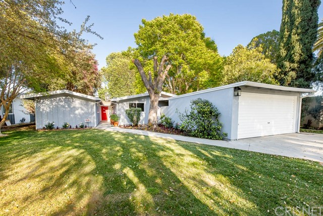 7812 Kentland Av, West Hills, CA 91304 Photo