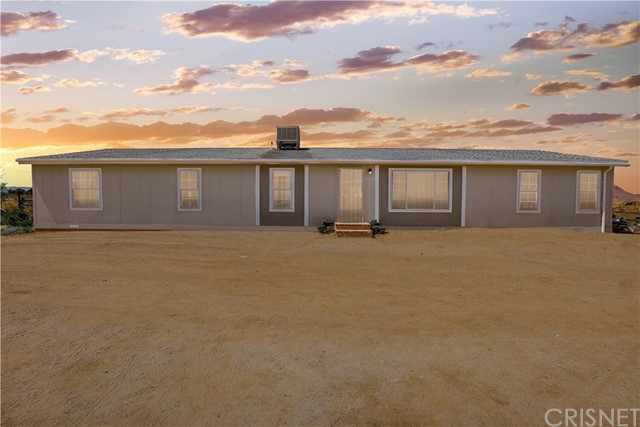 8556 40th St, Mojave, CA 93501 Photo