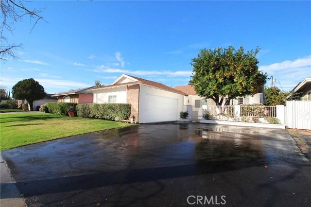 15743 Cohasset Street, Lake Balboa, CA 91406