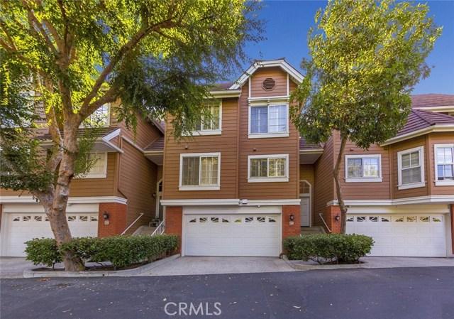 20950 Oxnard Street 34, Woodland Hills, CA 91367