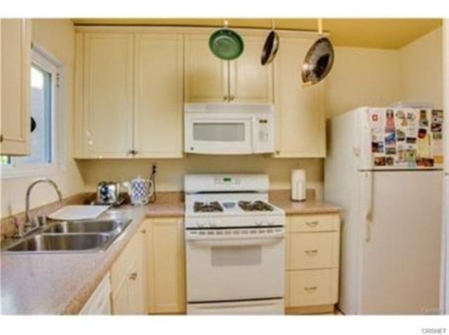Photo of 10331 Lindley Avenue #201, Northridge, CA 91326