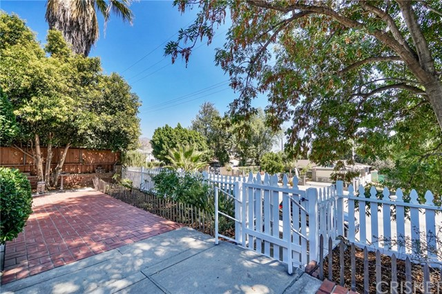 11659 Terra Bella St, Lakeview Terrace, CA 91342 Photo 3
