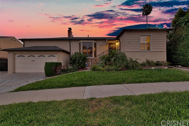 5209 Valley Ridge Avenue, View Park, CA 90043