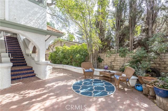 9. 17509 Ludlow Street Granada Hills, CA 91344