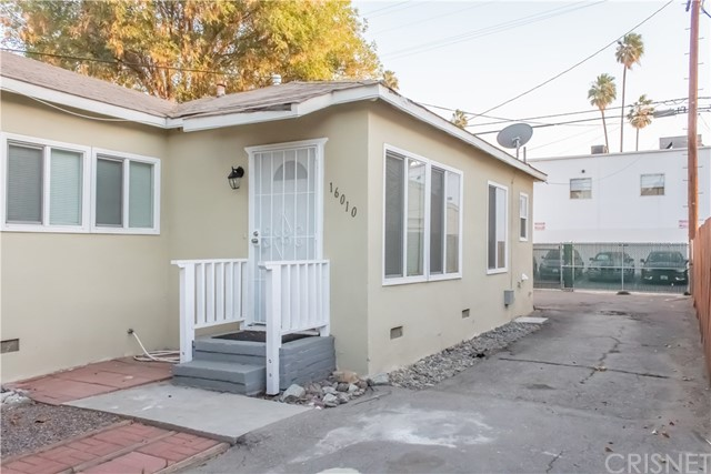 16008 Cantlay Street, Van Nuys, CA 91406