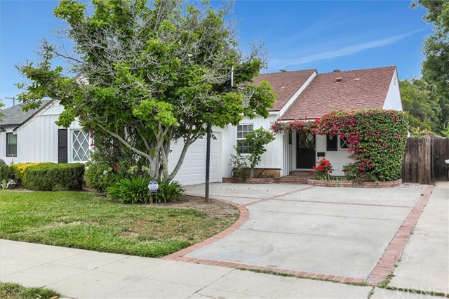 5845 Saloma Avenue, Sherman Oaks, CA 91411