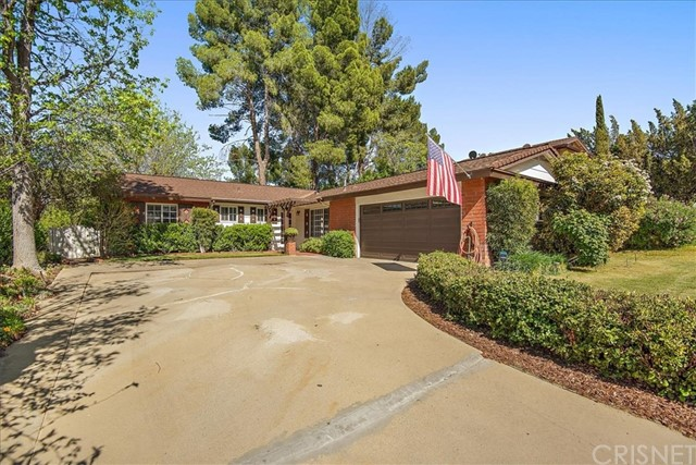 26424 Oak Crossing Road, Newhall, CA 91321