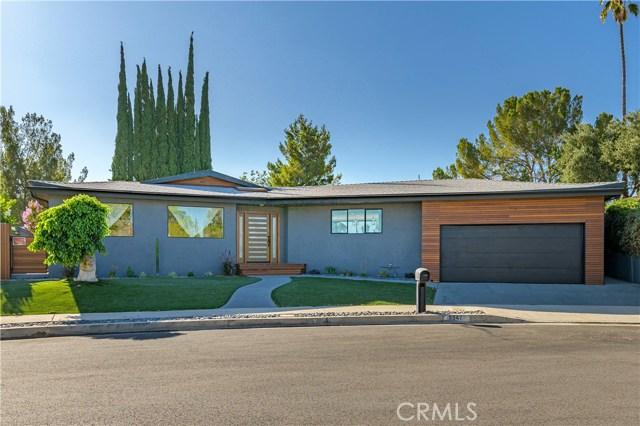 8547 Shoup Avenue, West Hills, CA 91304