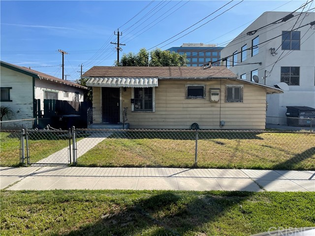 122 N Florence Street, Burbank, CA 91505