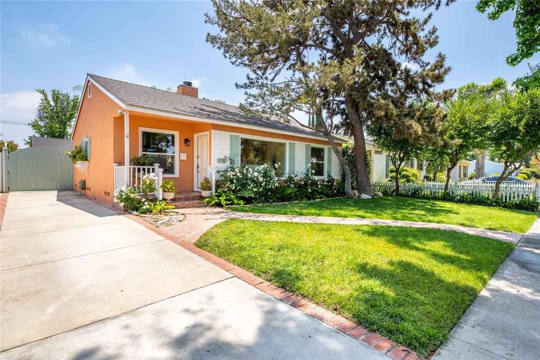 5712 Bevis Avenue, Sherman Oaks, CA 91411