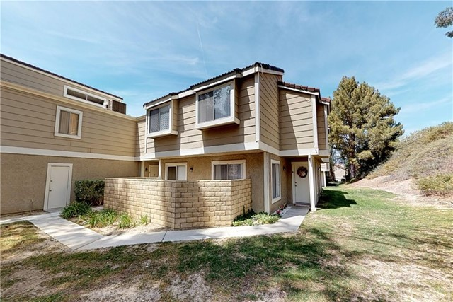 31365 The Old Road A, Castaic, CA 91384