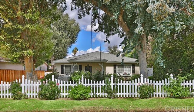 23219 Canzonet Street, Woodland Hills, CA 91367