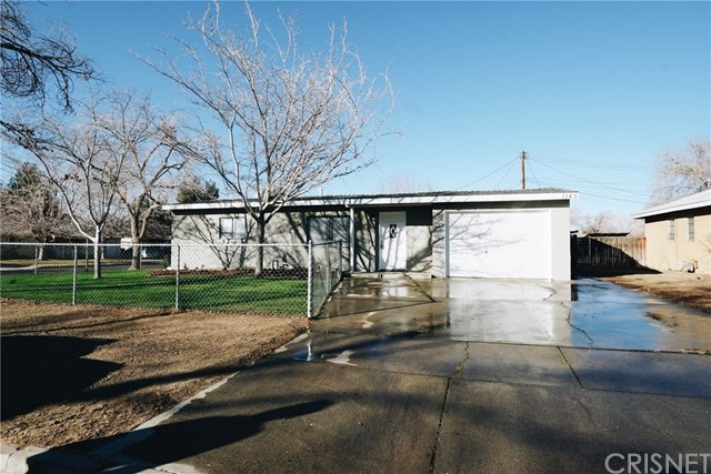1145 W Norberry Street, Lancaster, CA 93534