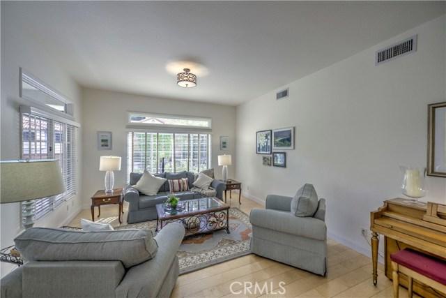 24529 Ebelden Avenue, Newhall, CA 91321