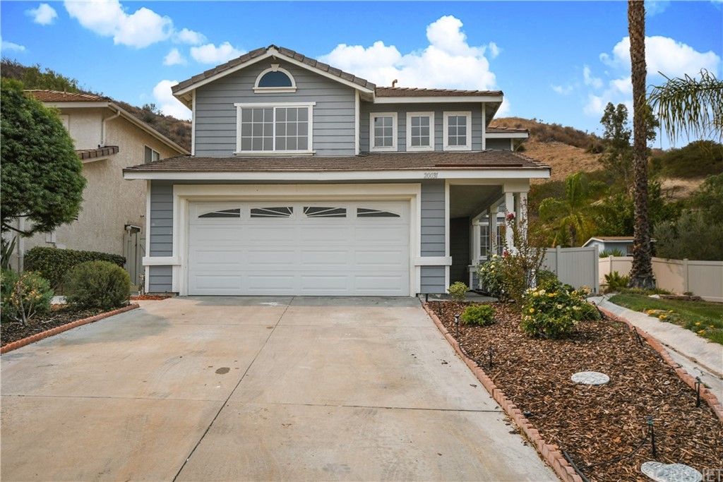 20031     Egret Place, Canyon Country CA 91351