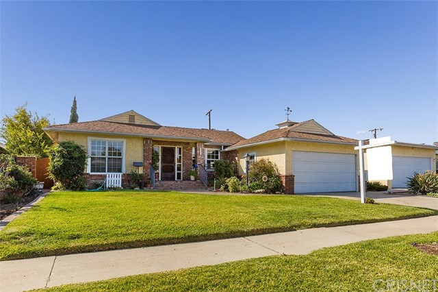 9323 Greenbush Avenue, Arleta, CA 91331