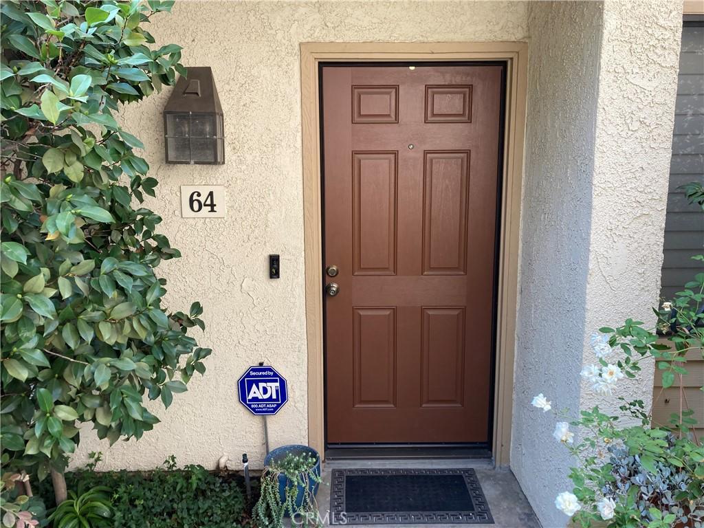 21555     Burbank Boulevard   64, Woodland Hills CA 91367