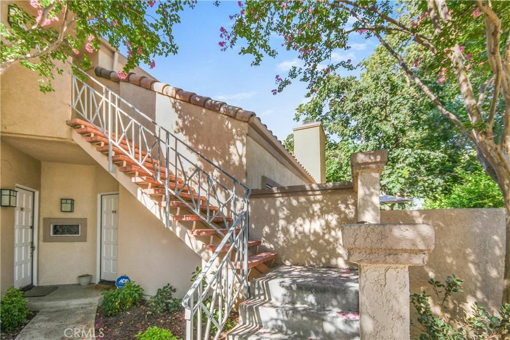 23811     Del Monte Drive   113, Valencia CA 91355