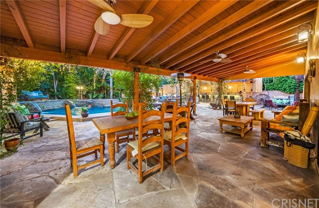 69. 5511 Fenwood Avenue Woodland Hills, CA 91367