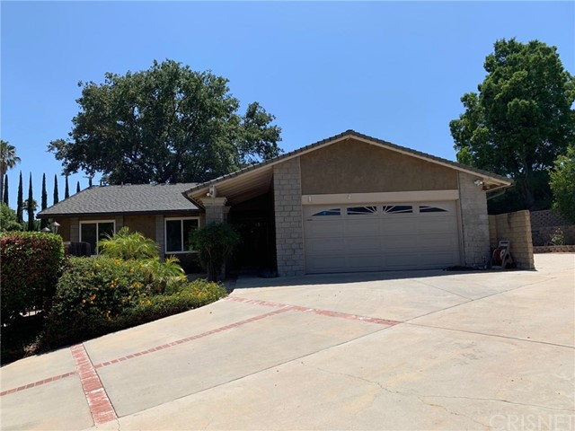 7711 Woodhall Avenue, West Hills, CA 91304