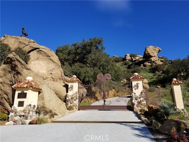 Photo of 22001 Santa Susana Pass Road, Chatsworth, CA 91311