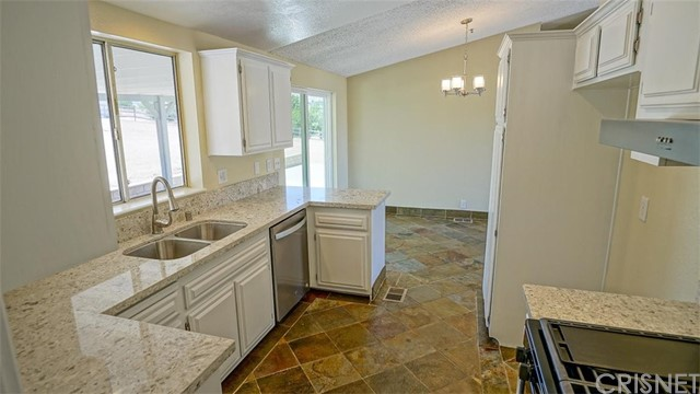 34297 Garstang Rd, Acton, CA 93510 Photo 6