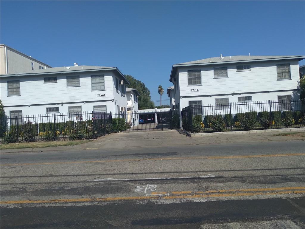 Photo of 7240 Hazeltine Avenue, Van Nuys, CA 91405