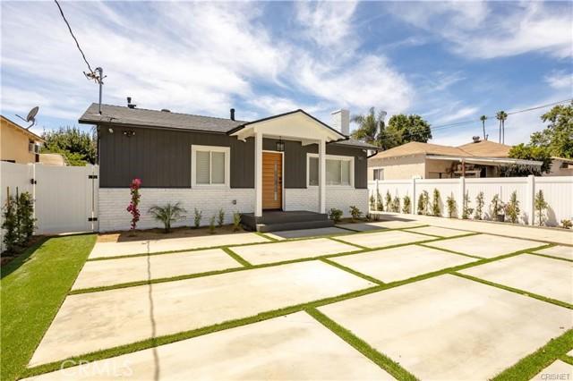 2. 7411 Jamieson Avenue Reseda, CA 91335