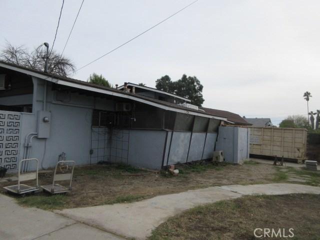 9700 Lemona Avenue, North Hills, CA 91343