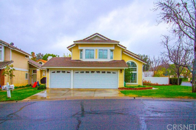 26804 Hummingbird Circle, Canyon Country, CA 91351