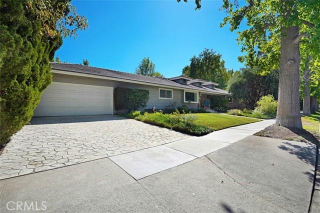 Photo of 18730 Canasta Street, Tarzana, CA 91356