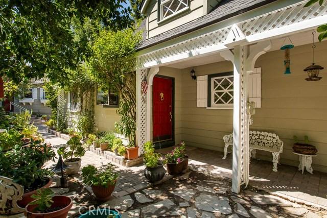 22427 Venido Road, Woodland Hills, CA 91364
