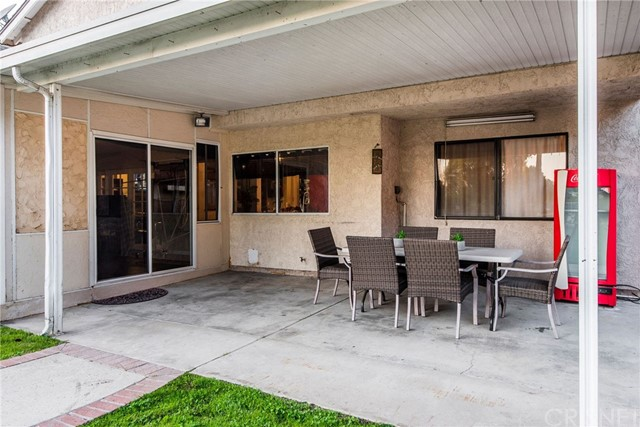 17918 Raymer St, Sherwood Forest, CA 91325 Photo 16