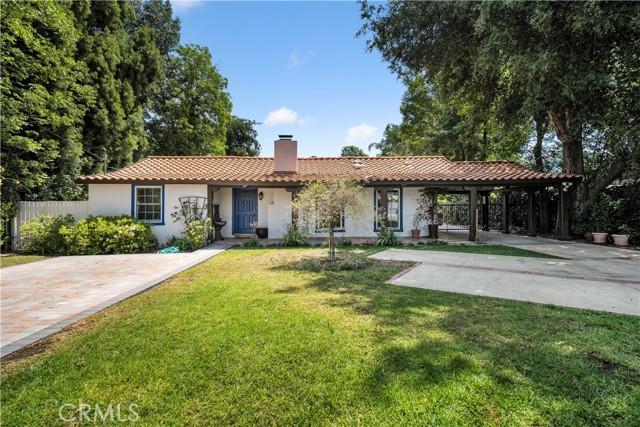 5820 Corbin Avenue, Tarzana, CA 91356