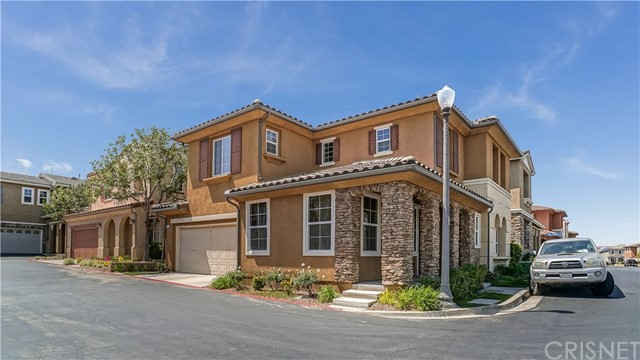 26031 Marquis Court, Newhall, CA 91350