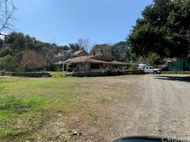 26333 Ravenhill Rd, Canyon Country, CA 91387