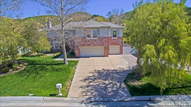26830 Canyon End Road, Canyon Country, CA 91387
