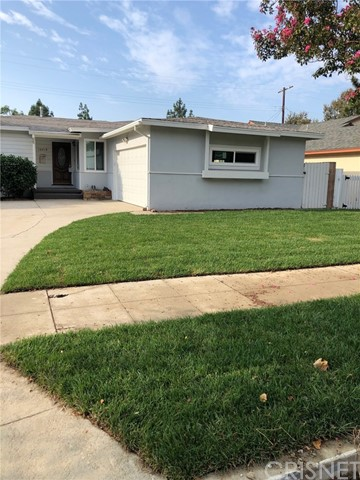 Photo of 16018 Los Alimos Street, Granada Hills, CA 91344