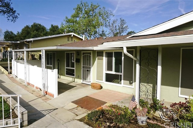 19217 Avenue Of The Oaks A, Newhall, CA 91321