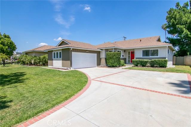 10008 Whitaker Avenue, North Hills, CA 91343