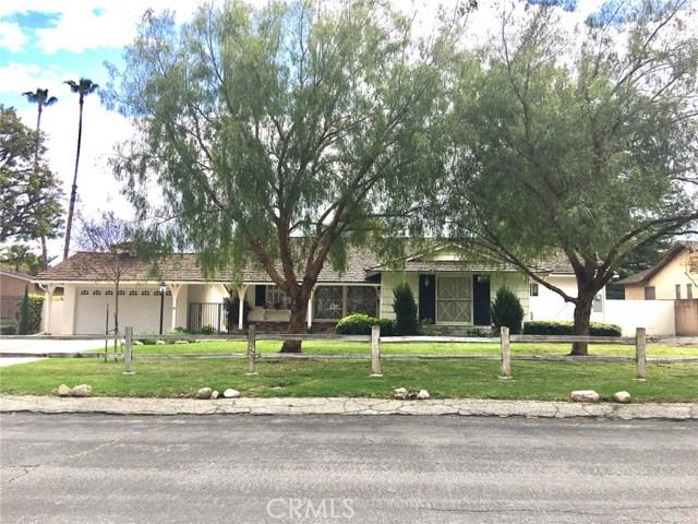 6040 Oakdale Avenue, Woodland Hills, CA 91367