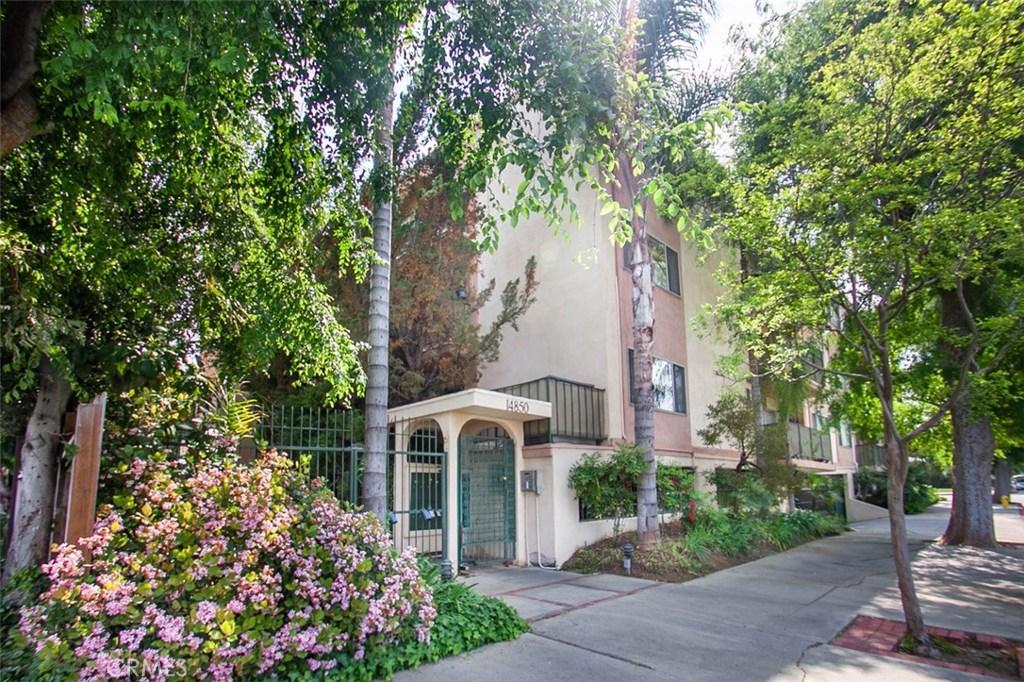 Photo of 14850 HESBY STREET #202, Sherman Oaks, CA 91403