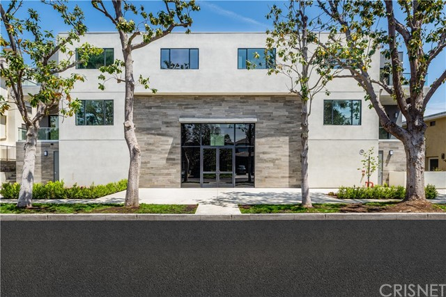 4322 Gentry Avenue Studio City, CA 91604