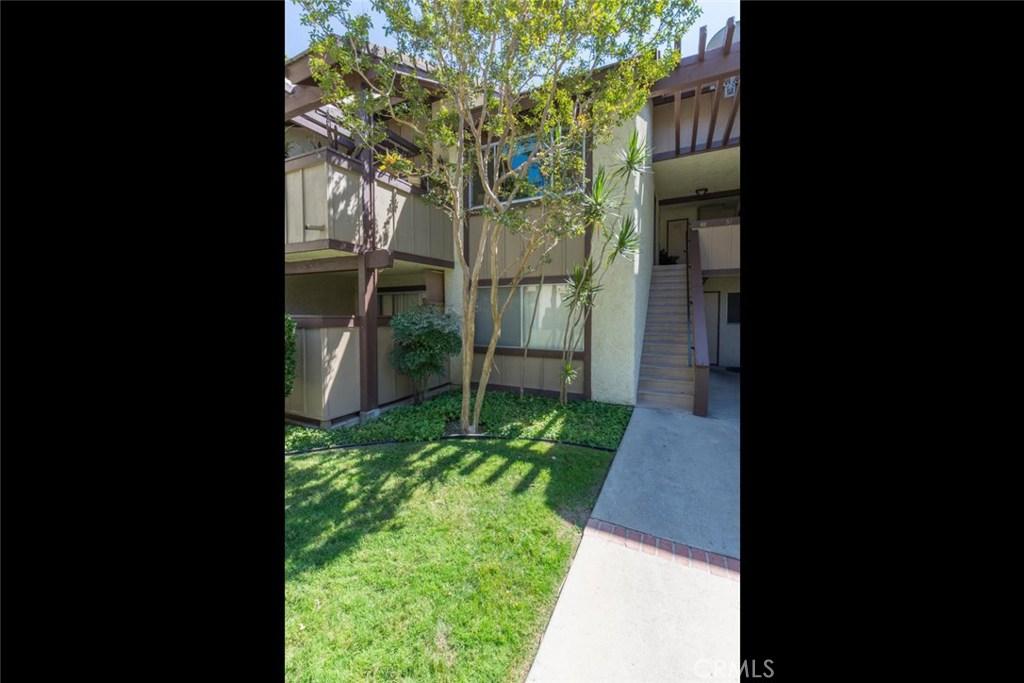 Photo of 1346 EAST HILLCREST DRIVE #48, Thousand Oaks, CA 91362
