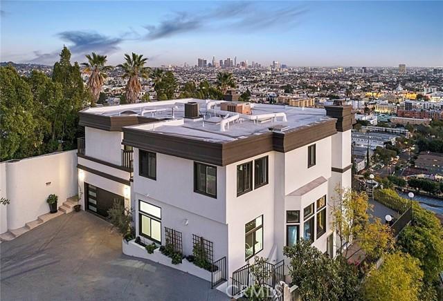 51. 5667 Tryon Road Los Angeles, CA 90068