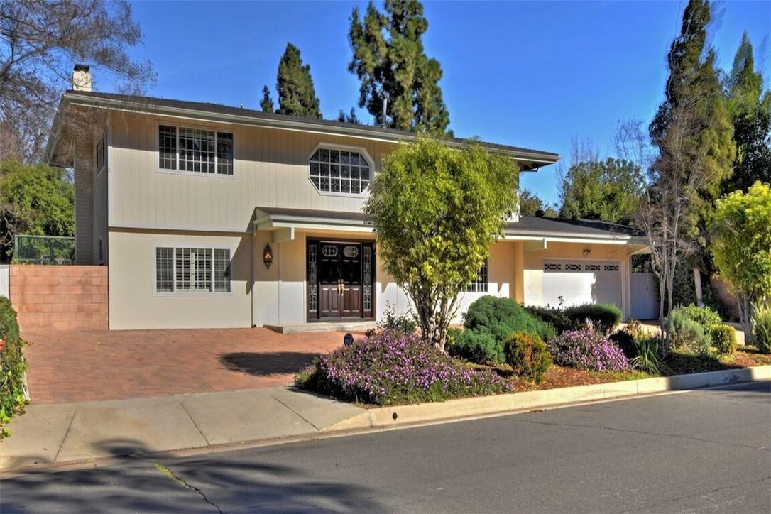 17361 Superior Street, Northridge, CA 91325