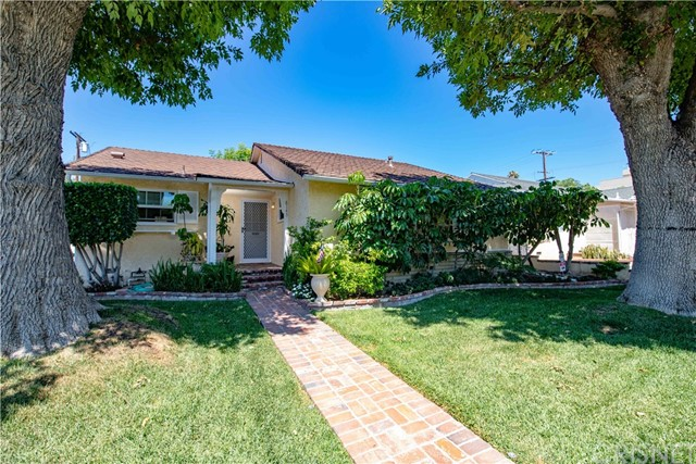 8145 Darby Place, Reseda, CA 91335