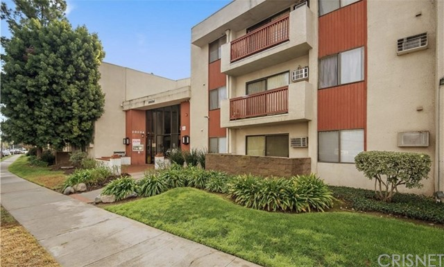 20234 Cantara Street 367, Winnetka, CA 91306
