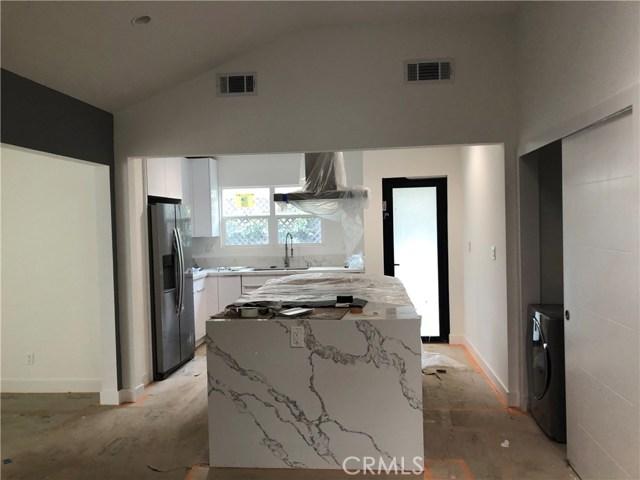 4221 Greenbush Avenue, Sherman Oaks, CA 91423